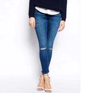 Just Black Ripped Knee Skinny Jeans